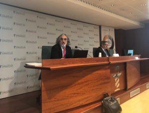3.Ernesto Cortés presentando los datos del Análisis Nacional
